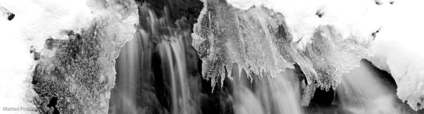 AL048 - Cascata ghiacciata